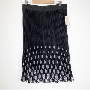 NWT LuLaRoe Jill Skirt Size 2XL Noir Blanc
